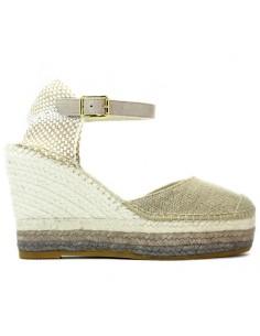2d6a584982 Sul nostro shop online trovi tutte le espadrillas e scarpe Vidorreta