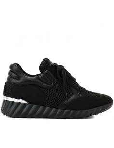 Uma Parker - Sneakers...