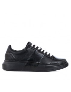 Guess - Sneakers with logo