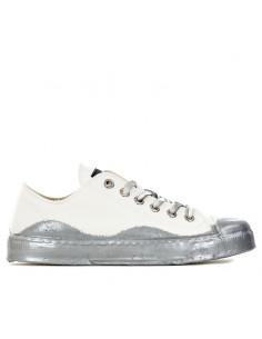 Metal Gienchi - Sneakers...