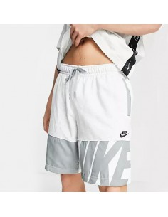 Nike - Shorts con logo